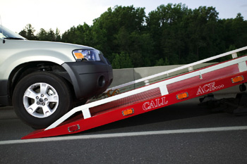 Towing - Discover the best in towing and roadside service for lockouts and flat tires when you call our professionals in Jacksonville, North Carolina.
